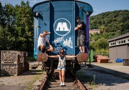 The MOLOTOW TRAIN CONTEST SPAIN winners painting at the Headquarters!