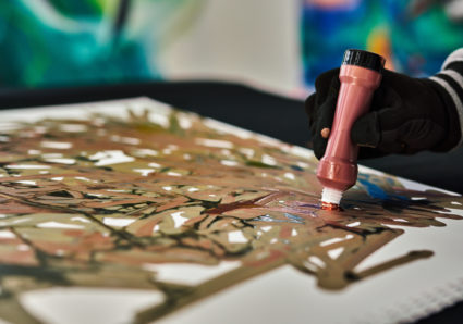 MOLOTOW Product Session #64 - automatic outlines by stacking paint in a MOLOTOW Empty Dripstick