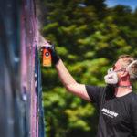 BUST ART paints the MOLOTOW TRAIN